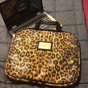 Betsey Johnson betseyville leopard laptop bag